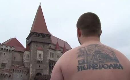 Tatuajele cu desene stilizate, de domeniul trecutului. Tinerii prefera acum chipul lui Vlad Tepes