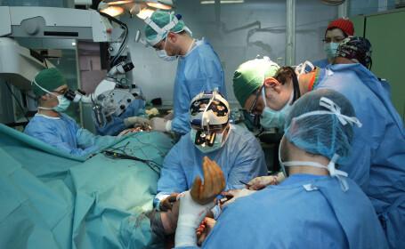 Antebratul unui pacient cu cancer osos, salvat de medicii Spitalului Judetean din Timisoara