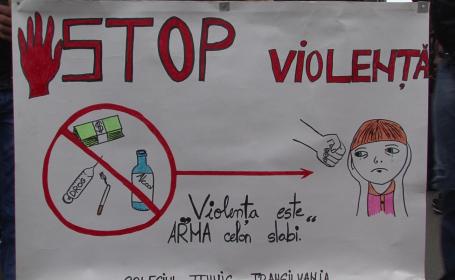 stop violenta in scoli