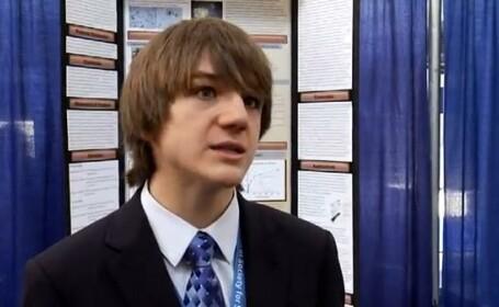 VIDEO. Respins de 197 de savanti, un elev de 15 ani a inventat un test pentru depistarea cancerului