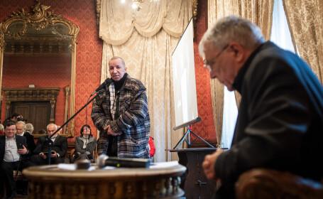 Poetul Traian T. Cosovei a murit la 59 de ani. Va fi inmormantat sambata