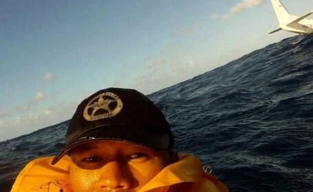 Un barbat s-a pozat in mijlocul Oceanului Pacific, dupa ce avionul sau s-a prabusit in apa