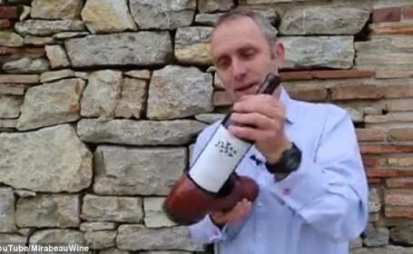 Cum deschizi o sticla de vin cu ajutorul unui pantof, daca nu ai un tirbuson