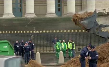 Protest cu balegar, la Paris