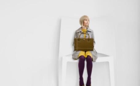 Fata pe scaun