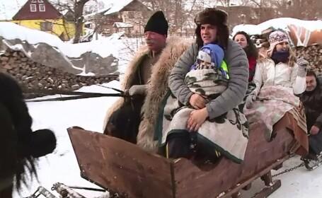 Saniile cu zurgalai, noua atractie a turistilor ajunsi in zona Branului. La Busteni, insa, romanii prefera snow-board-ul