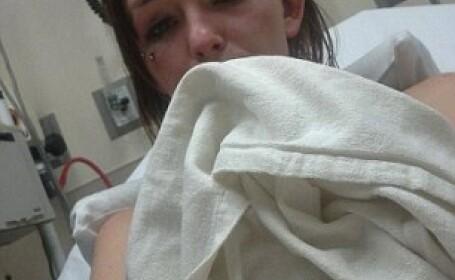 O tanara din SUA a fost batuta de sase femei, iar imaginile au ajuns pe Facebook. \