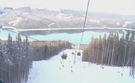 Zeci de turisti, blocati intr-o gondola din statiunea Voineasa mai bine de trei ore. Cosmarul prin care au trecut oamenii