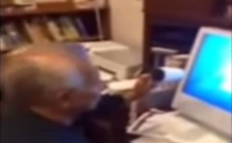Bunicul si tehnologia. Cum incearca un batranel sa deblocheze calculatorul cand nepotul ii spune ca a \