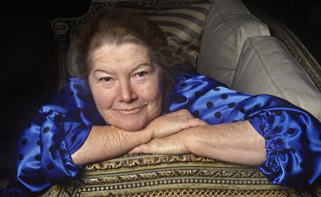O celebra scriitoare, jignita in propriul necrolog. Ce a scris un ziar din Australia dupa moartea ei