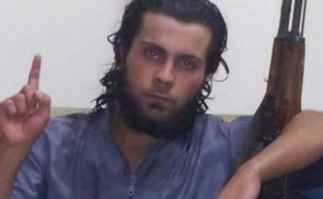 Un jihadist al Statului Islamic si-ar fi executat mama sub privirile a sute de oameni. Ce i-a spus femeia fiului sau inainte