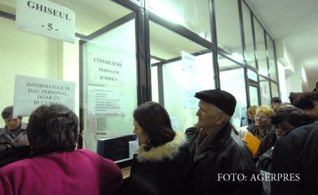 Coada pentru plata impozitelor, la Primaria Timisoara