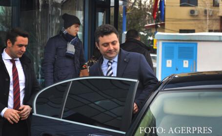 Prima reactie a procurorului general Tiberiu Nitu, dupa ce ar fi folosit coloana oficiala de peste 750 de ori