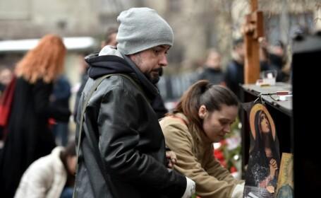 Omagiul adus victimelor din Colectiv la 3 luni de la tragedia in care au murit 63 de tineri. In ce stare se afla Andrei Galut