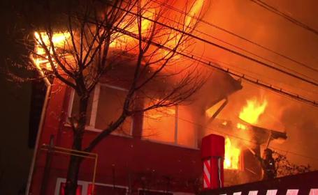 Incendiu devastator, intr-un cartier din Bacau. Pompierii s-au chinuit ore intregi sa stinga flacarile violente