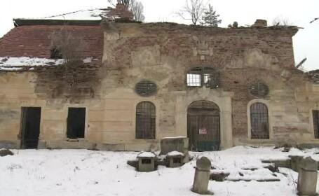 Trei castele impresionante din Romania risca sa dispara de pe fata pamantului. Primar: \