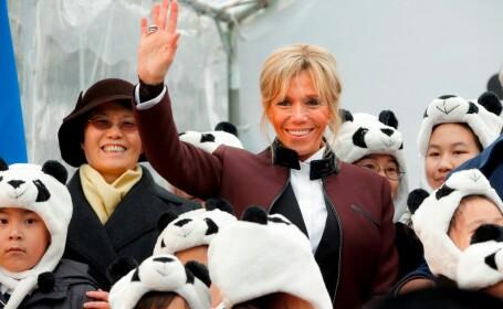 """Brigitte Macron, acuzată că se poartă """"de parc-ar fi Regina Franței"""""""