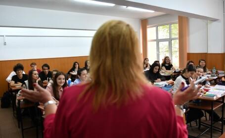 ora la un liceu din Romania