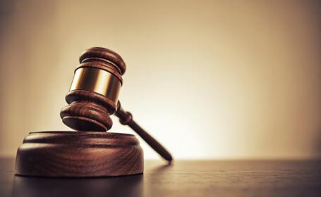 Un român amendat la un protest a câștigat la CEDO. Guvernul renunță la caz și îi plătește despăgubiri