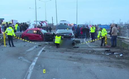 O furgonetă încărcată cu butelii s-a izbit puternic într-un microbuz cu pasageri, după ce a fost lovită de un șofer vitezoman