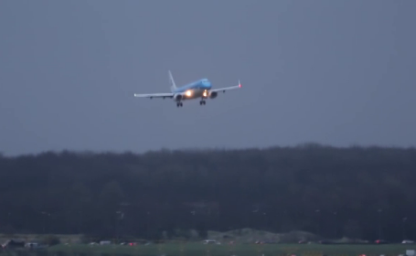 Europa, lovită de furtună: multiple decese și haos în transporturi. Aeroportul Schiphol, închis