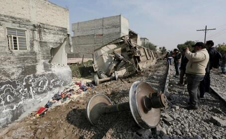 Un tren de marfă a deraiat în Ciudad de Mexico. Cinci persoane au murit