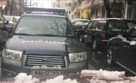 Maşină a Jandarmeriei, filmată când mergea pe contrasens