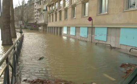 Parisul, în pericol de inundații. Cotele Senei cresc pe zi ce trece