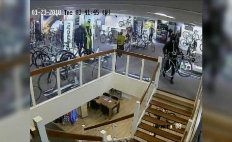 Hoţi căutați de poliție, după ce au furat în 3 minute biciclete de 100.000 de euro
