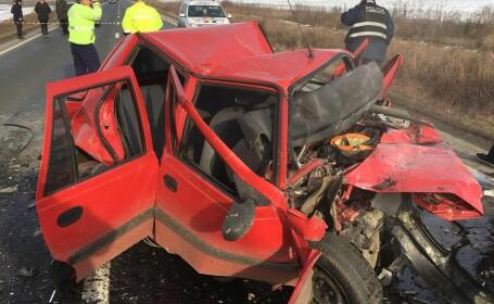Accident cu trei morți în Hunedoara, după ce două mașini s-au ciocnit