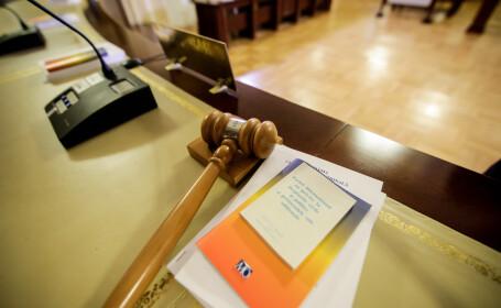 Imunitate și beneficii sporite pentru judecătorii CCR. Senatul a votat proiectul