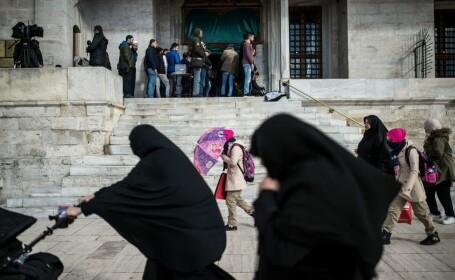 Decizie istorică pentru femeile din Arabia Saudită. Vor putea călători fără acordul unui bărbat