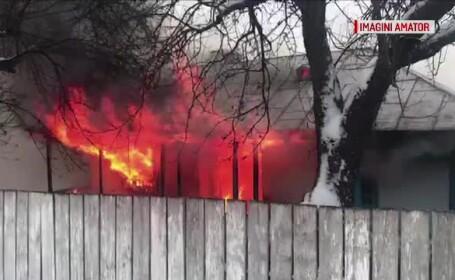 Un bătrân a murit în chinuri în casă, încercând să se încălzească