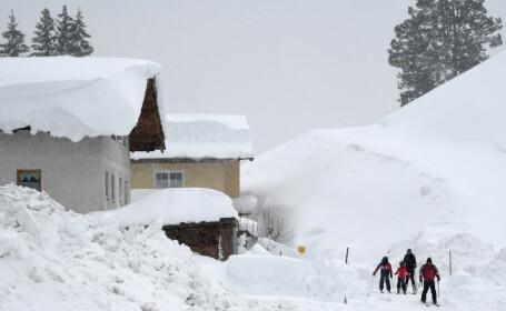 Ninsori puternice în Austria. Zăpada are 3 metri la munte
