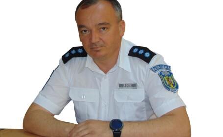 Şeful Poliţiei Locale Bacău a făcut accident cu maşina de serviciu. Cât băuse înainte