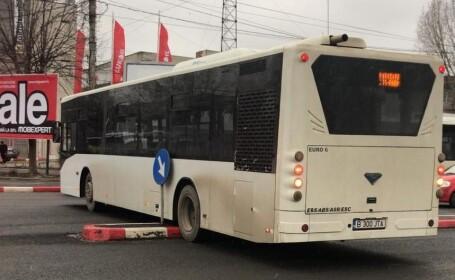 Autobuz cu călători, blocat pe un scuar din Constanţa. Unde era şoferul în acest timp