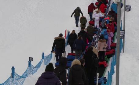 Pârtiile de schi, pline de turiștii veniți la munte pentru o zi. Bugetul pentru o familie