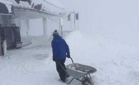 Risc uriaș de avalanșă în Carpații Meridionali, la peste 1.800 de metri altitudine