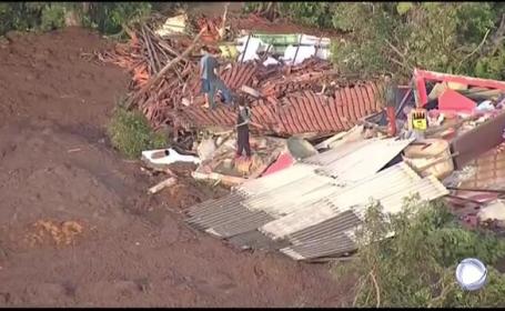 Mărturiile supraviețuitorilor după ce un dig s-a rupt: \
