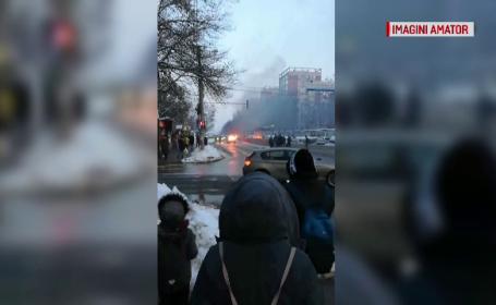Masina arsa la Iasi