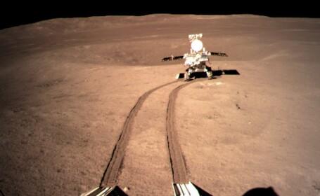 FOTO. Ce a găsit robotul selenar chinez pe partea întunecată a Lunii