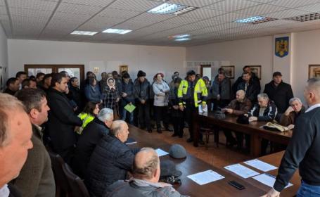 Revoltă împotriva romilor într-un sat din Suceava, după ce o bătrână a fost violată