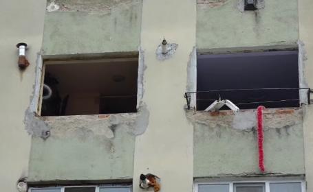 Un bloc din Baia Mare a sărit în aer din cauza instalatorului. Ce a uitat să facă