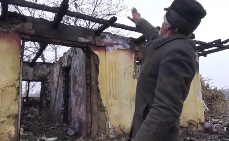 Tată și fiu, rămași fără casă, după ce întreaga gospodărie a fost distrusă într-un incendiu