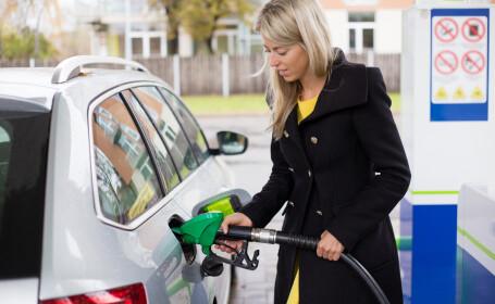 O șoferiță acuză că pompele de benzină sunt \