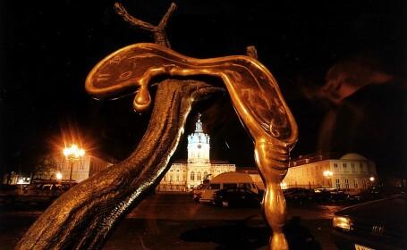 Zece sculpturi ale lui Salvador Dali au fost furate. Cum a avut loc infracțiunea