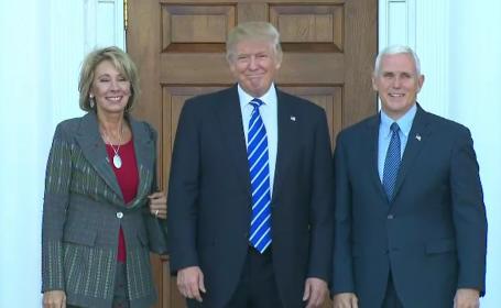 Politicienii din SUA cer o înlăturare simbolică din funcţie a președintelui Donald Trump