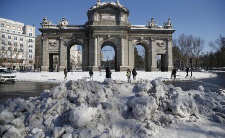 Cantităţi istorice de zăpadă în Spania