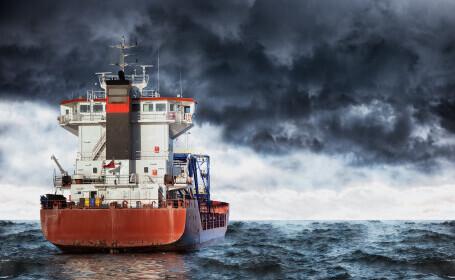 Cel puţin doi morţi în naufragiul unei nave de transport marfă în Marea Neagră