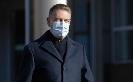 Klaus Iohannis vizitează centrele de vaccinare de la Romexpo